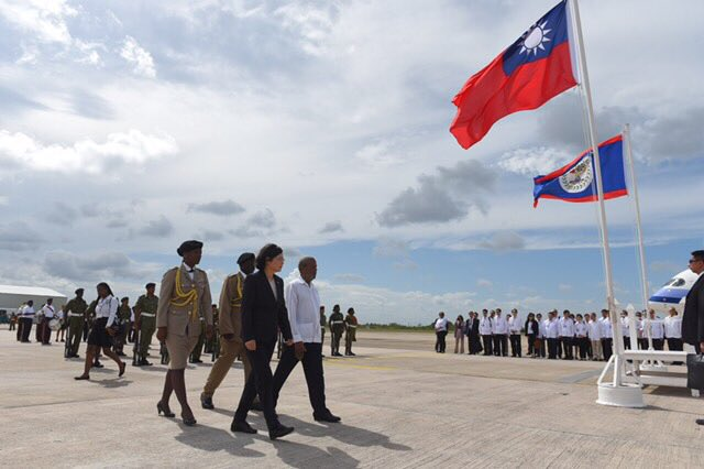 test Twitter Media - Hello, #Belize! It's my first time here and I'm already impressed by your friendliness & astonishing nature. I look forward to deepening our bilateral ties during this trip. 🇹🇼🇧🇿  #TsaiStateVisit #TaiwanBelize https://t.co/JxDTs1UROD