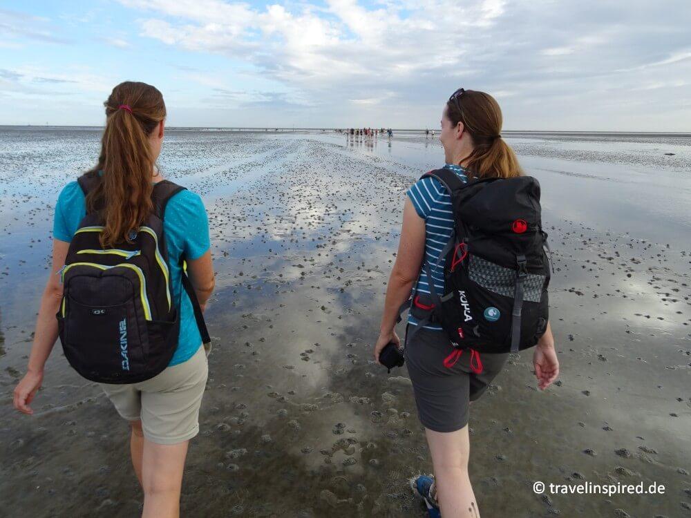 (Werbung) #einfachmalraus und mitten rein ins #Wattenmeer ging es auf unserer fantastischen Wattwanderung von #cuxhaven nach @Neuwerk! Bei dem herrlichen Wetter einfach ein Traum!!! 😍😎 https://travelinspired.de/neuwerk-wattwanderung/…  @MRHErleben @mein_hamburg @HamburgAhoi #reisebloggerHH