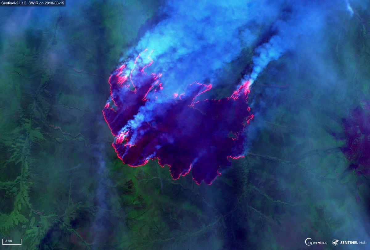 Impressive #wildfire south of Verkhoyansk, a town in the Sakha Republic, Siberia   located on the Yana River near the Arctic Circle. Two #Sentinel2  views from 15 August  Short Wave Infrared (SWIR)  Using the @Pierre_Markuse script to highlight hot spots<br>http://pic.twitter.com/pQgOCszR1E