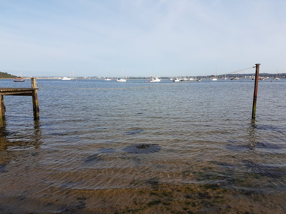 Looking across #Pooleharbour towards #Poole from #Sandbanks.<br>http://pic.twitter.com/YP1sfUvyNh