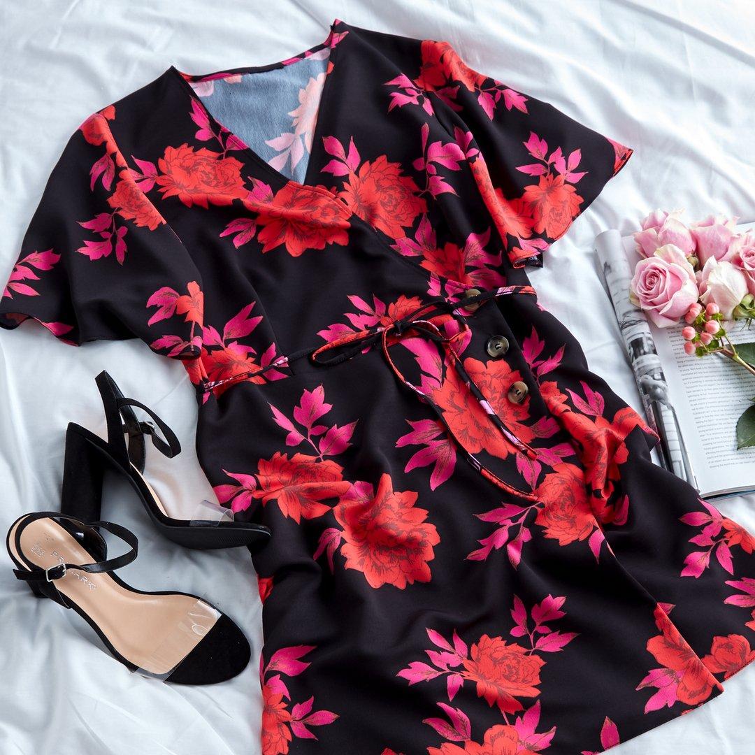 0d4d13ab9130 Primark Red Floral Dress 2018