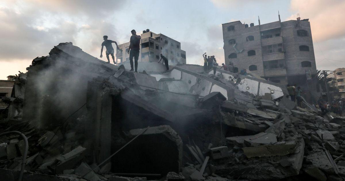 Il cessate il fuoco a #Gaza, lo scambio di prigionieri e il porto marittimo: emergono i dettagli dei negoziati Israele-Hamas. La nostra rassegna della stampa estera condotta da @luigispinola su @Radio3tweet Qui il riascolto: https://bit.ly/2OJyODy  - Ukustom