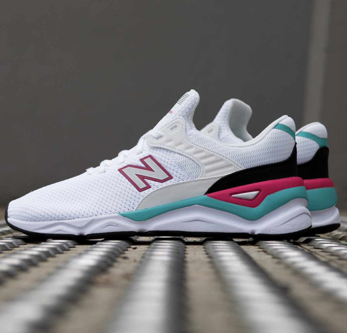 c25fe02fcc ... New Balance X-90  White with Pomegranate  To enter  1. Follow   urbuhnavenue 2. Let us know your size (UK) 3. Retweet Enter on our  Facebook   Instagram ...
