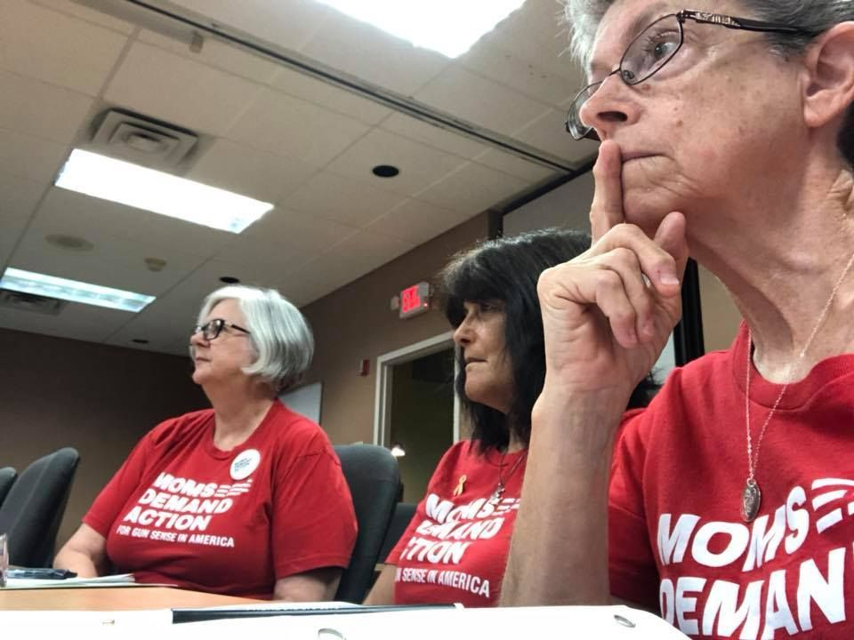 When #Moms get involved in an issue, minds change. In Ohio, these @MomsDemand Ohio volunteers opposed an Ohio school board decision to arm teachers. The board listened to them and are &#39;no longer considering this dangerous policy for schools in their district!&#39; #ExpectUs<br>http://pic.twitter.com/Y2zRc5v56a
