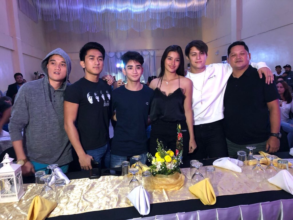 World class fantasyTVSeries we&#39;ve ever watched on PH TV, set the bar in tech prod, fight scenes ,actors acting, Congrats #BAGANIHulingLaban<br>http://pic.twitter.com/wPR89bYBZk