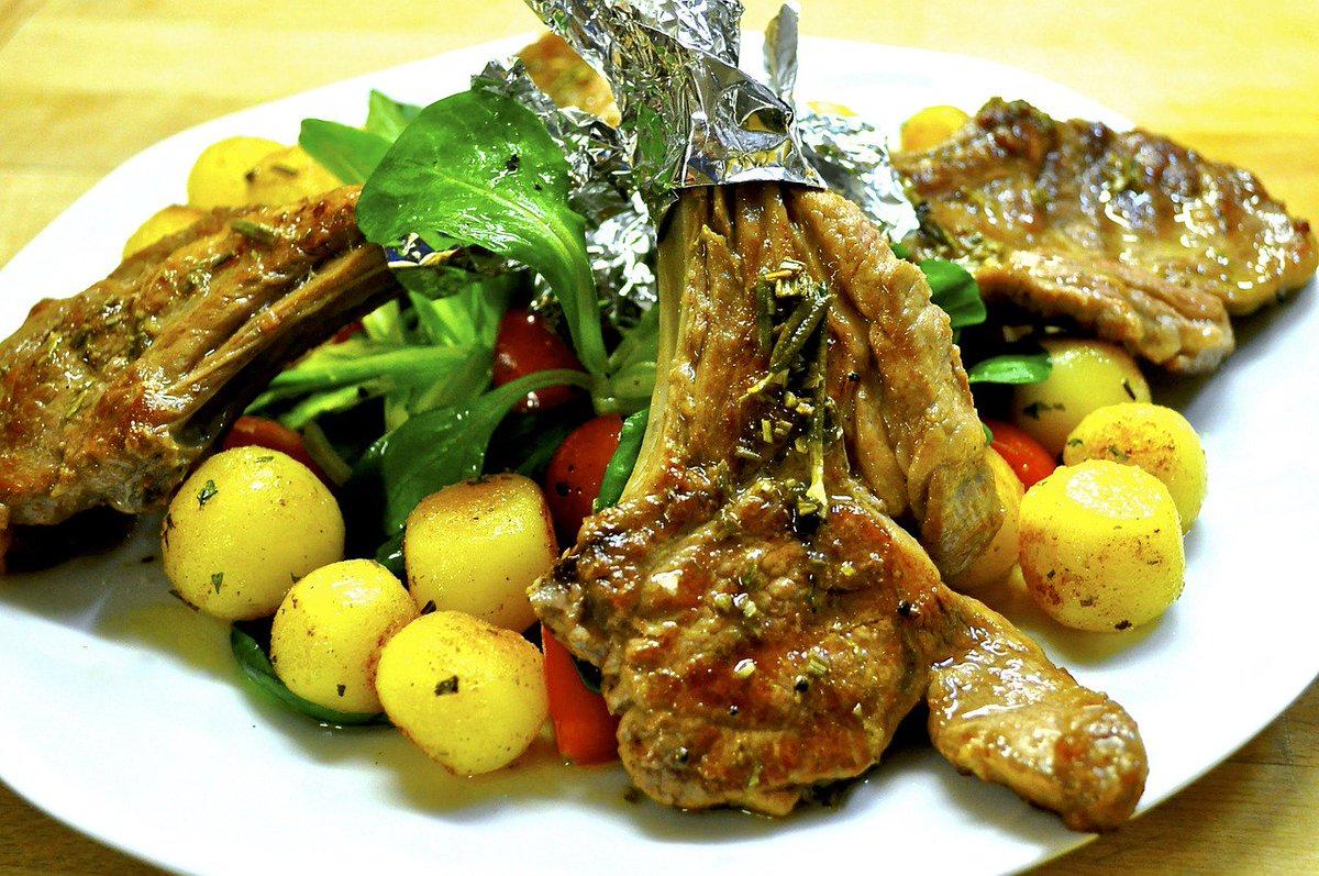 http://ItalyGourmet.co #Cucina #ItalianRecipes#Ricetta #cordero #asado #agnello arrosto piatto tipico della tradizione gastronomica della #Spagna https://t.co/fdt0I8D6hQ — DoItInSpain (@DoItinSpain) August 17, 2018 - Ukustom