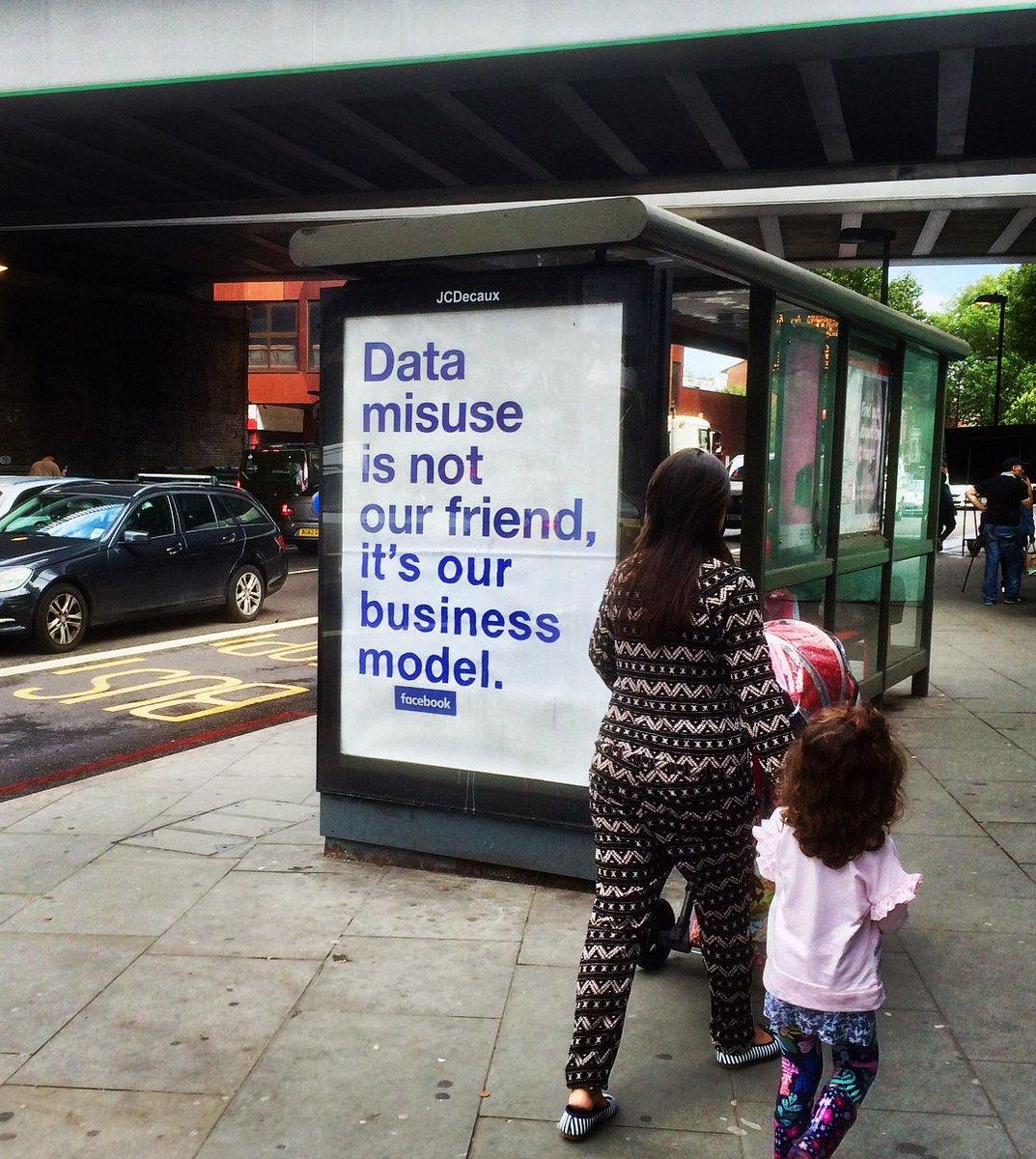Someone improved Facebook&#39;s ads in London  https:// read.bi/2MiZeix  &nbsp;  <br>http://pic.twitter.com/ntd1A8gQjK
