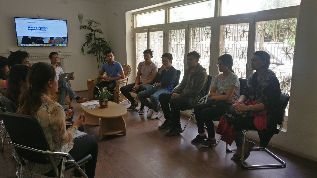 Interesting to exchange views, ideas and opinions with young and up coming change makers. Accountability Lab Nepal hosted an orientation session where young participants in the hopes to contribute in bringing nationwide change. #Integrityidol @AccountLab #ChangeMakers #Youth<br>http://pic.twitter.com/nNeSVCAvIT