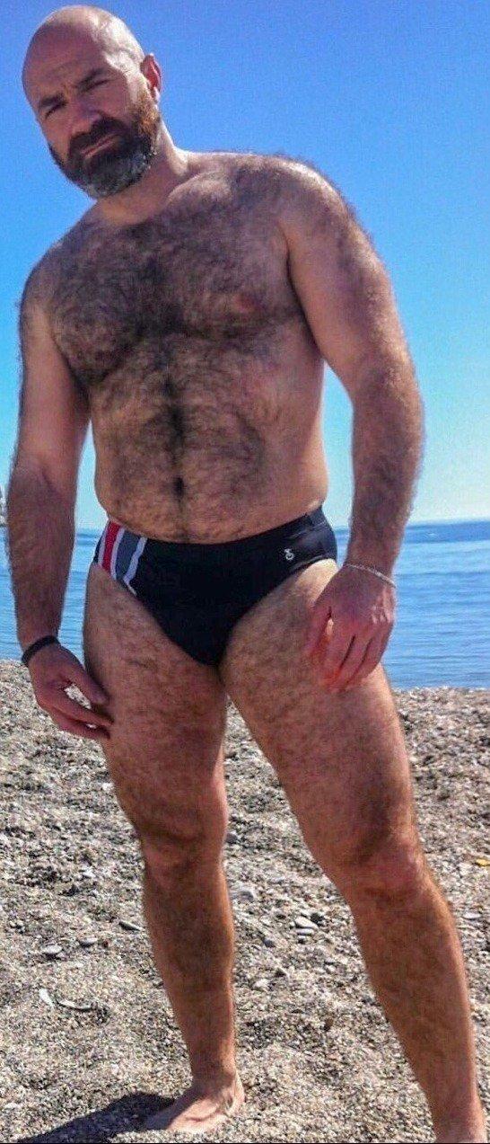 #daddy #bear #fuck #peludo #daddy adoro um macho peludão #feet #foot #feetsoles #soles #cum https://t.co/q928WhQV82