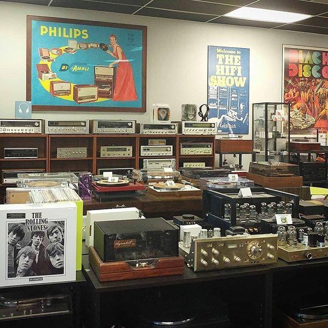 . The Sound Gallery . Austin, TX .  https:// ift.tt/1nE92wl  &nbsp;   .  @soundgalleryatx . #VintageAudio #Audio #Vintage #turntable #phono #vinyl #records #music #hifi #hifiaudio #highend #highfidelity #highendaudio #stereo #stereophile #vinylcollectionpost #rec…  https:// ift.tt/2MZwg3q  &nbsp;  <br>http://pic.twitter.com/mukpK8qsgK