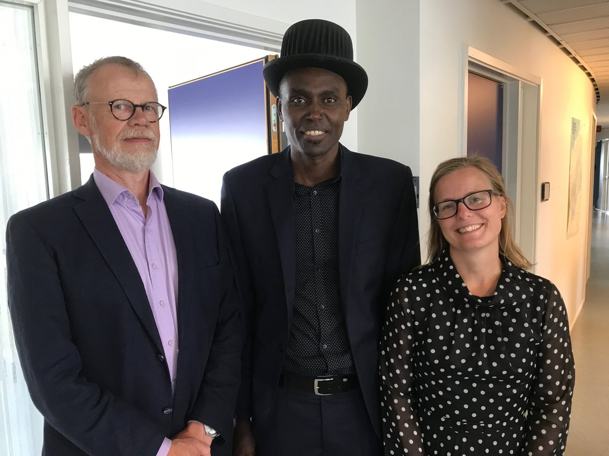"""Congz 2 our new doctor in Economics Dr. Johnson Bosco Rukundo. His thesis is titled """"Employment, Competition and Firm Performance – a Sub-Saharan Africa Perspective"""". Best wishes in his future career as a researcher. On the photo with @jibs_sweden supervisors @RwandainSweden<br>http://pic.twitter.com/y3CQpqF9IK"""