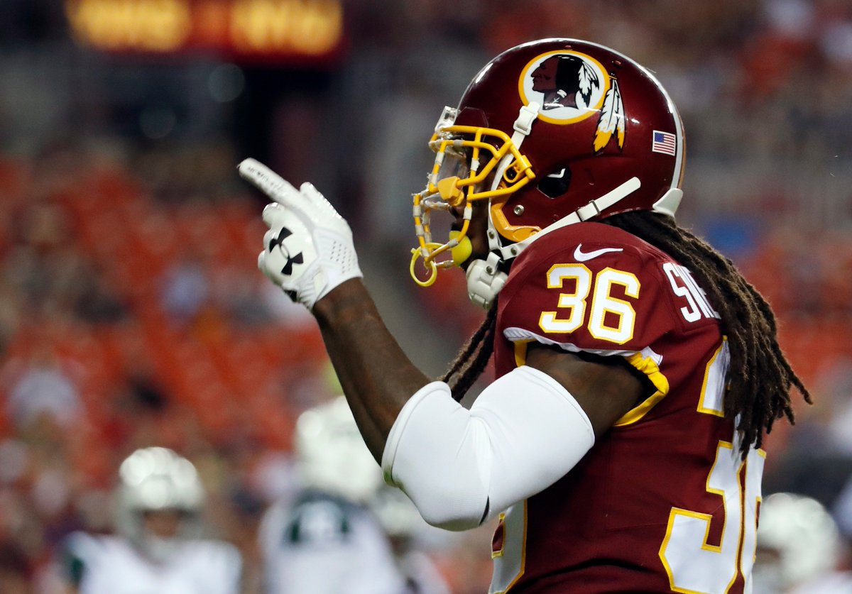... went up   which  Redskins  stock went down in the 15-13  NFLPreseason win  over the  Jets last night   TheMorningBlitz with  AlGaldi LIVE on  team980  ... 7637064f5