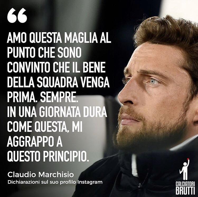 Oggi per #Marchisio giornata durissima: dopo 25 anni ha preso atto (con signorilità) che la #Juventus è una società che lo #Stile lo ha perso da tempo (semmai lo avesse posseduto). #CR7  - Ukustom