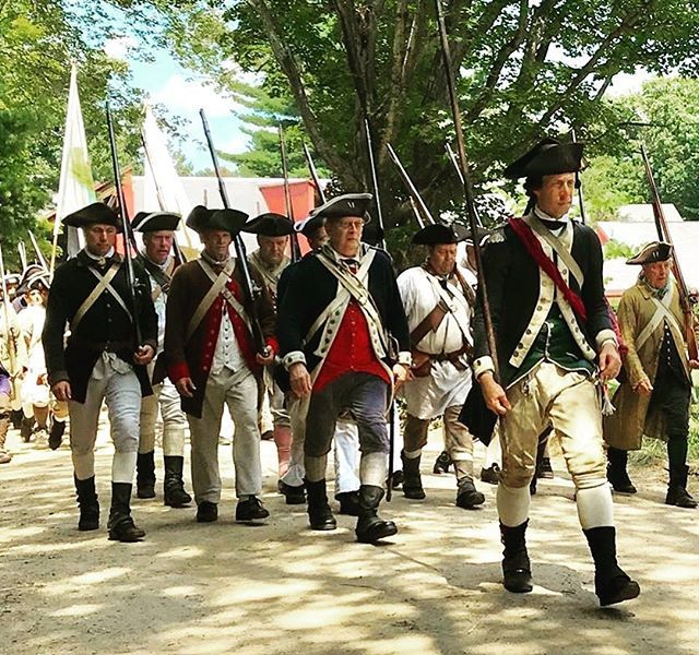 That fave your captain makes when he's ready to fight! #rebelsandredcoats #patriots #revolutionarywar #reenactment https://t.co/3X8NSzeE9j