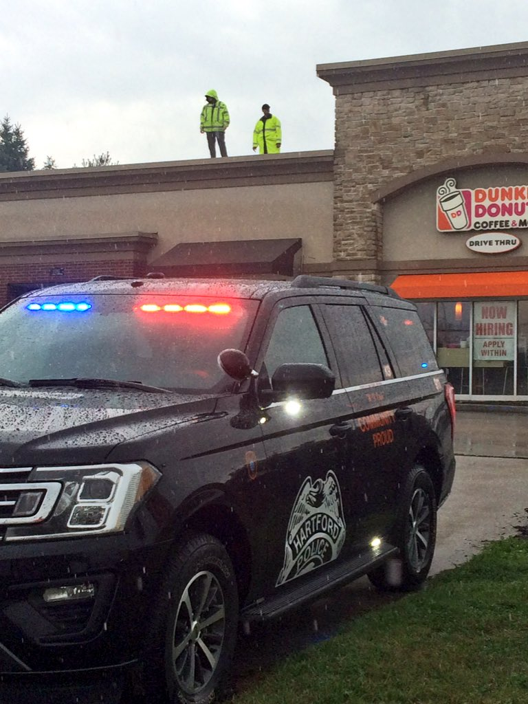 Come support Special Olympics with Cop on a Roof at Dunkin Donuts on Hwy 60 in Hartford.  Great representation from law officers from many different agencies in Washington Co. <br>http://pic.twitter.com/sOyd1i9o2W