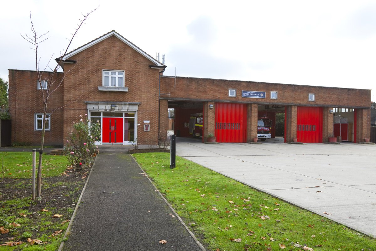 Come & meet your local crew at #Sutton fire station for their open day on Sunday 26 August from 11am to 5pm. Theres going to be plenty to do for kids of all ages, a chance to explore old & new fire engines, & a visit from Sherlock the fire dog! bit.ly/2BjBYMf