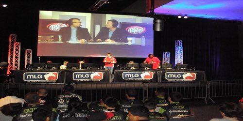 Call of Duty 2011  Call of Duty 2018.  @MLG @ScufGaming - #esports #growth #CallofDuty<br>http://pic.twitter.com/VSyNf4pLya
