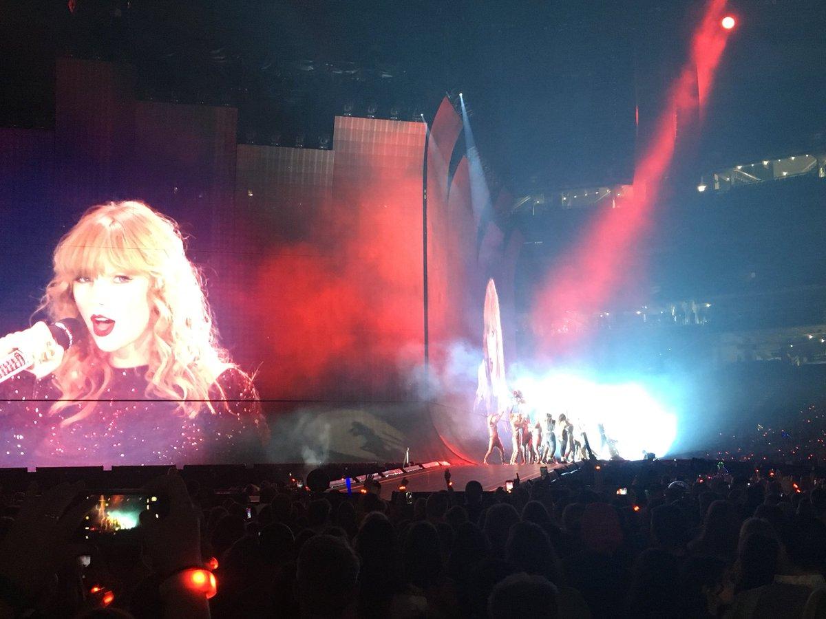 "Taylor Swift >> álbum ""reputation"" [III] - Página 46 Dl-VijEWwAENjDg"