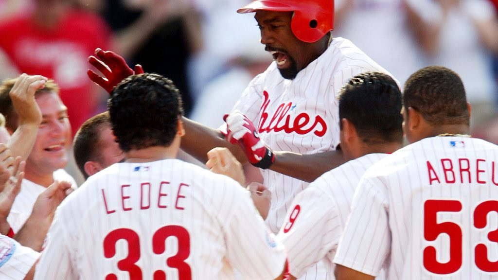 @TMacPhils I think this was 1 of the 80 walk off HRs in 2004. Not sure who is in that photo. Hmmmmm