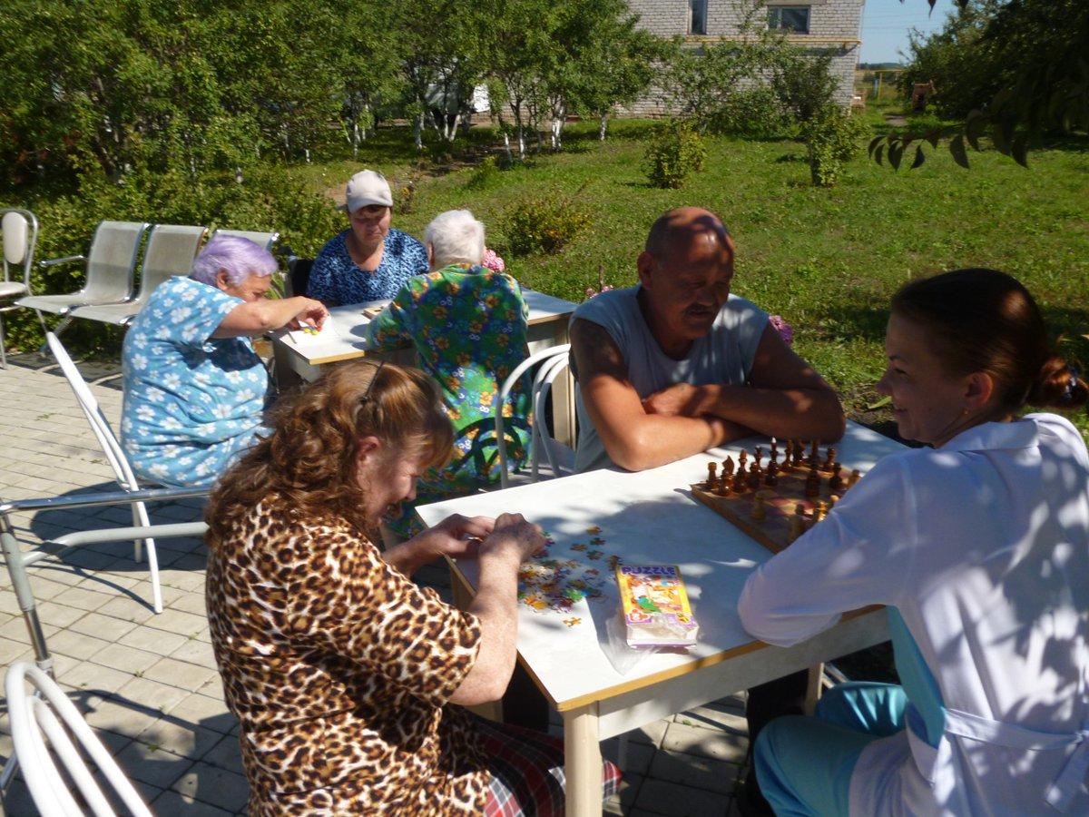 Дом престарелых в княгинино кровати для лежачих больных для дома купить