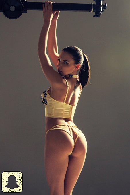 Follow me on Snapchat! https://t.co/u5AhIC11Sm #snapchat #free #sexy #lingerie #pornstar #henessy https://t