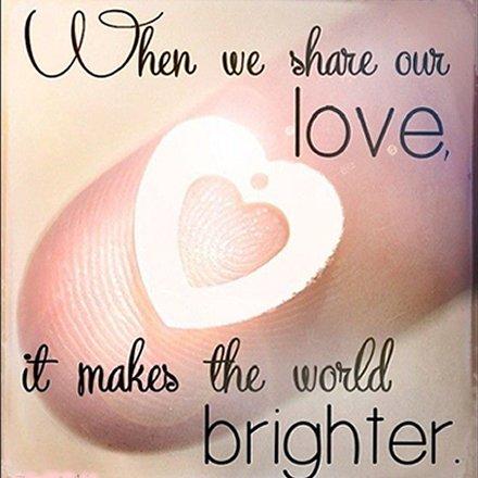 Sharing #LOVE makes our world brighter! #JoyTrain #Joy #Love #Kindness #Happiness RT @LantermozRory
