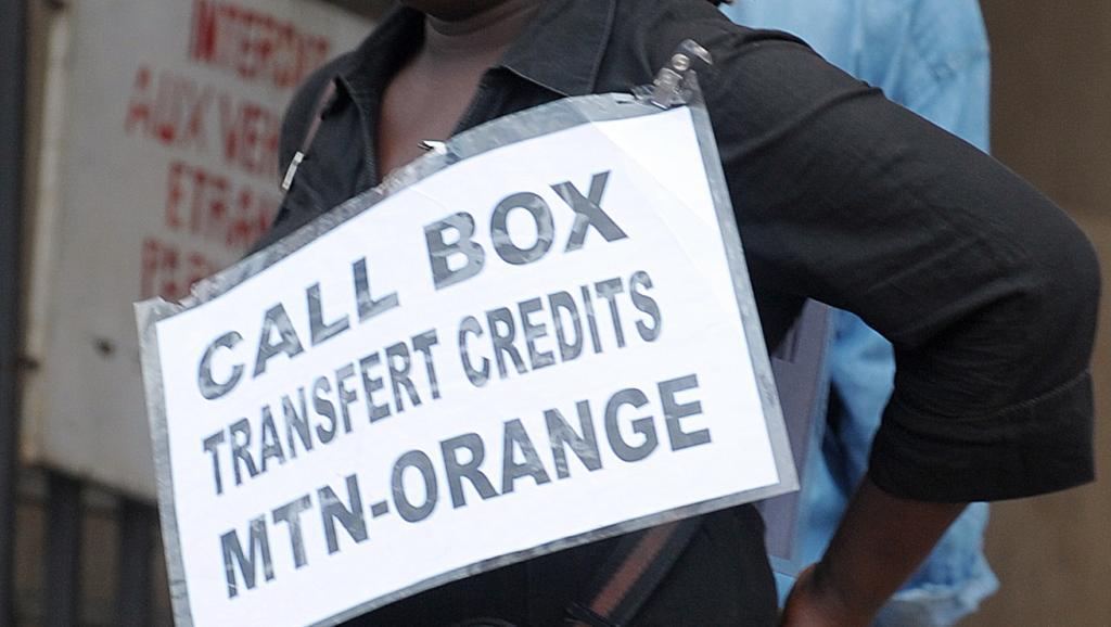 La colère des Camerounais contre Orange s'exprime avec #Orangeisthenewmafia https://t.co/zTl1IeGC5A