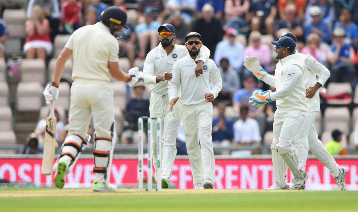 India takes honors on Day one of Fourth Test with England - Can Batsmen get a lead?