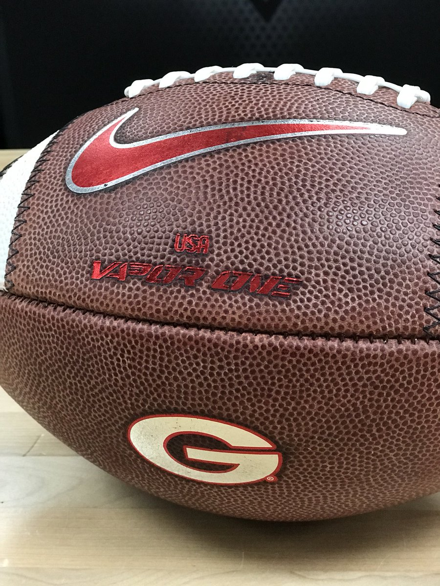 newest ee8a3 6897d UGA Football Equip on Twitter: