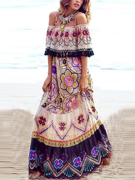 This sexy off shoulder maxi dress keeps you distinctive from others. Buy it here- http://bit.ly/2LwTXik #letthetrendsfollowyou #thegirlshideout #summerdress #beachdressmurah #beachdress #jualdresspantai #beachwear #bikiniouter #zaradress #blackdress #dotteddress #womenclothingpic.twitter.com/URjJGUEAYh