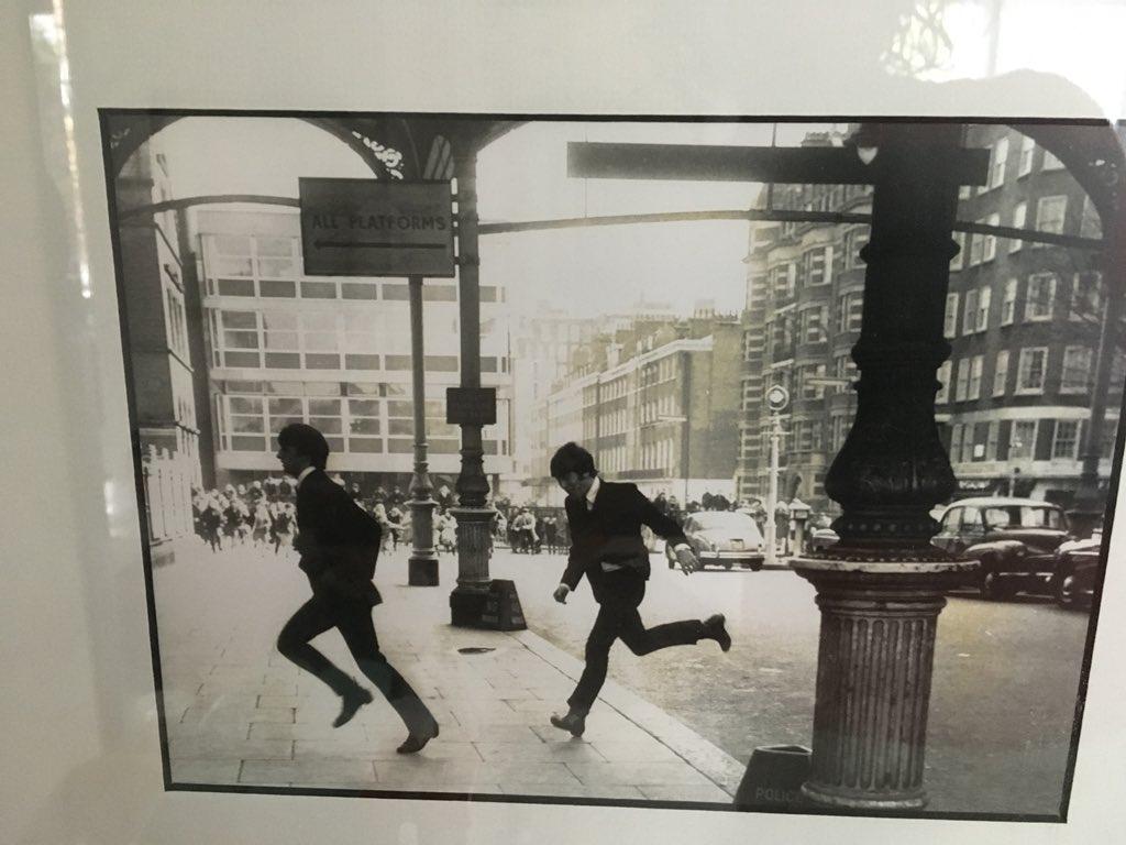 Dl37fHJXgAEraSl - Marylebone station's anniversary