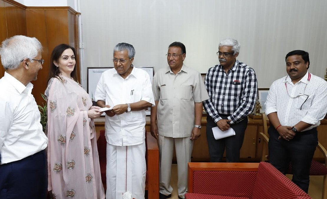 Keep the faith, together we will rebuild Kerala: Nita Ambani in Alappuzha, one of worst flood affected areas