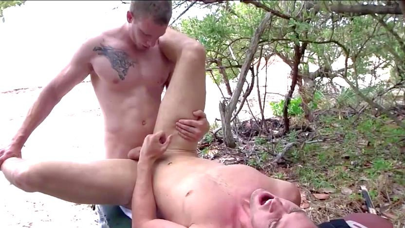 Sports jock cumcovered after sucking cock