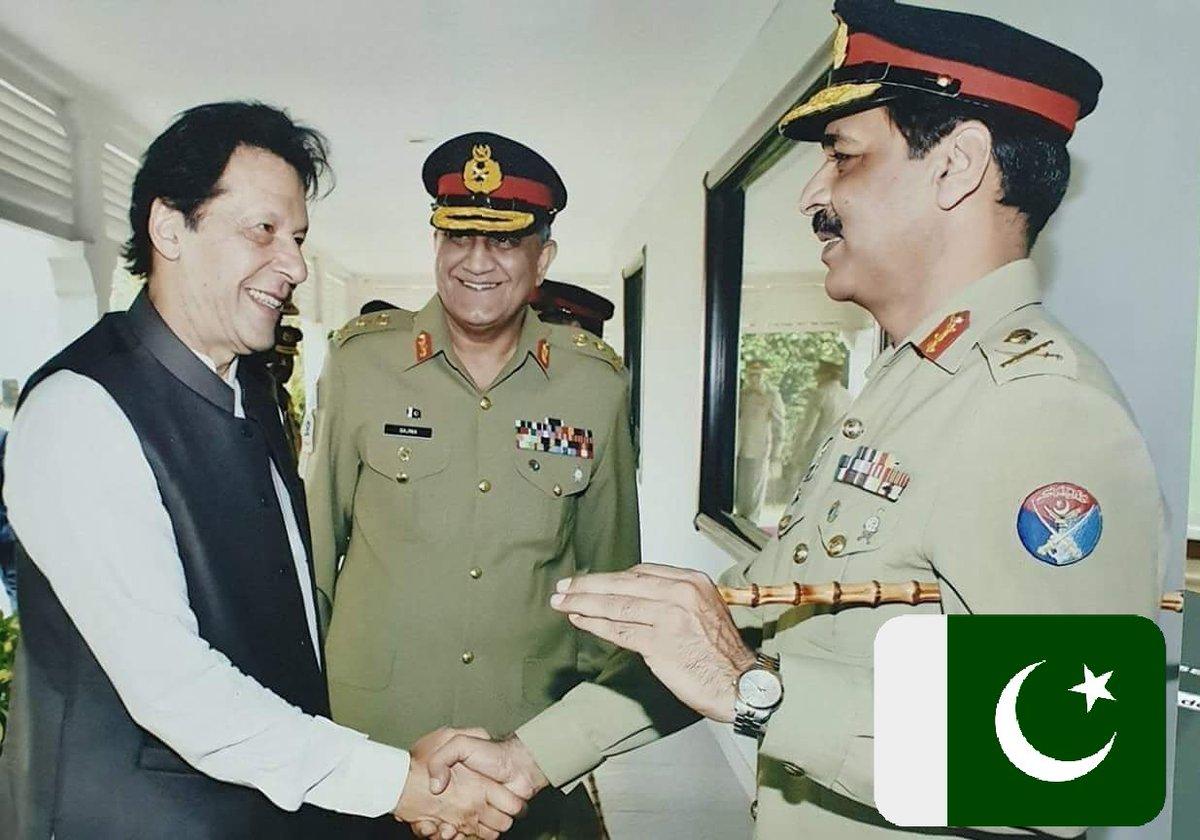 Best Photograph of Naya Pakistan  If you agree Retweet  Watan Ki Matee  Gawa Rehana 🇵🇰🇵🇰🇵🇰🇵🇰🇵🇰 @ImranKhanPTI @PTIofficial @AsimBajwaISPR