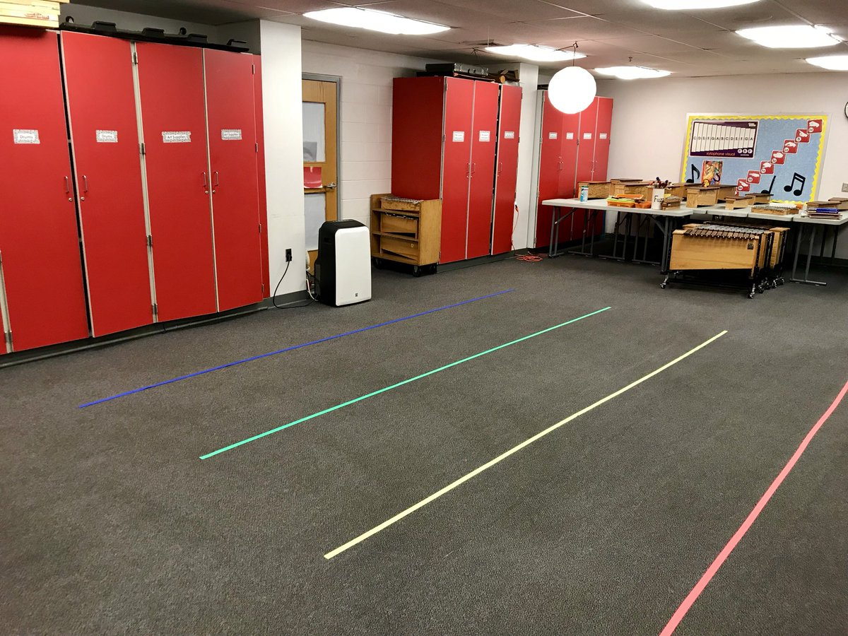 Our seating lines are BRIGHT and ready for open house!!! Come visit us! <a target='_blank' href='http://twitter.com/APS_HankHenry'>@APS_HankHenry</a> <a target='_blank' href='http://twitter.com/APSHenrySnyder'>@APSHenrySnyder</a> <a target='_blank' href='http://search.twitter.com/search?q=PHESBulldogs'><a target='_blank' href='https://twitter.com/hashtag/PHESBulldogs?src=hash'>#PHESBulldogs</a></a> <a target='_blank' href='https://t.co/BoQQgB4GI9'>https://t.co/BoQQgB4GI9</a>