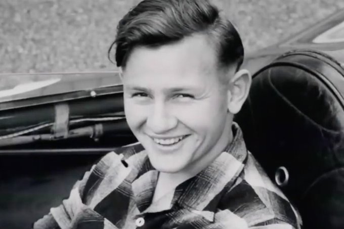 Bruce McLaren would have been 81 today. Happy Birthday to a pioneer of Formula 1.