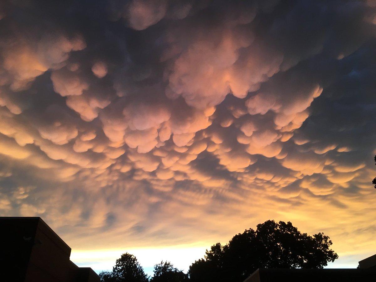 пусть вымеобразные облака фото улетела