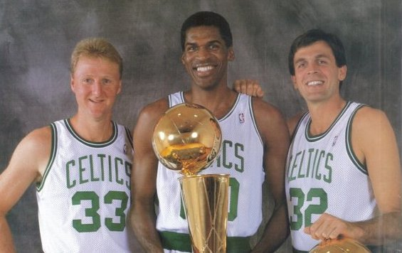 Happy birthday to the man with the big double 0\s, The Chief, Robert Parish.  Pay homage.