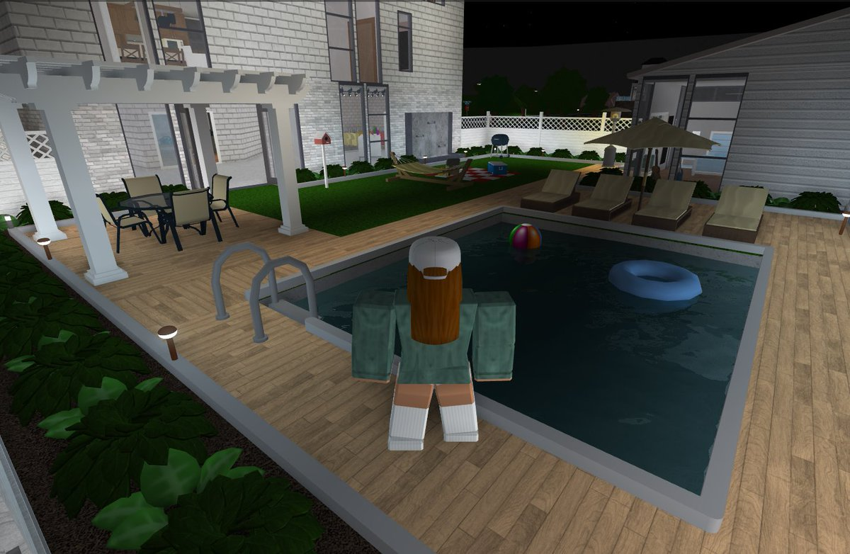 Stellahndrx On Twitter Some Of My Favourite Rooms From The Family Summer Home Kitchen Garden Walk In Closet Garden House Bloxburgbuilds Bloxburgnews Bloxburg Homes Bloxburgtips04 Bloxburgrbxnews Bloxburg Bloxburgbuilds Https T Co Pkpwthbr9v