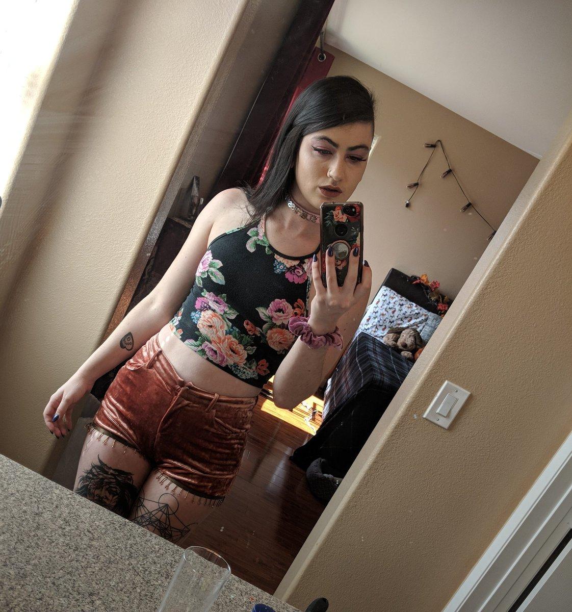 "Bbc Fucking A Bimbo Porn lydia black ~avn nom on twitter: ""daddy told me to dress"