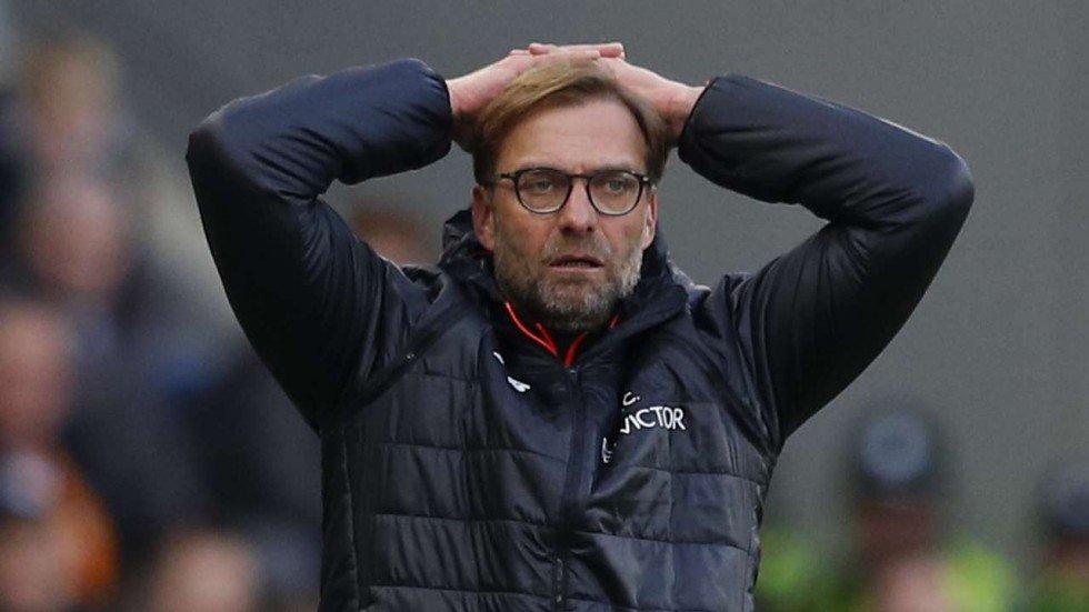 SỐC: Hậu vệ Liverpool nghỉ 9 tháng vì chấn thương