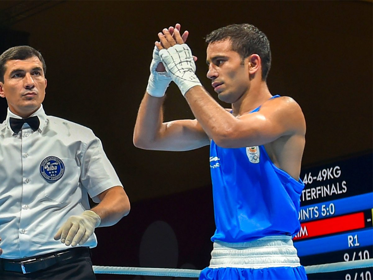 Boxer Amit Panghal snatches a GOLD for India at Asian Games