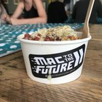 Happy #FullFatFriday everyone! Some of our lovely Bulletproof ladies enjoying some Mac to the Future as a Friday treat! 😍 #mactothefuture #MacAndCheese #FridayFeeling