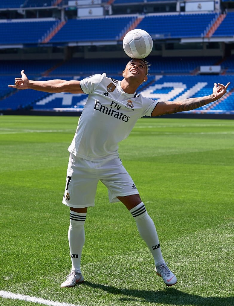 Mariano Diaz is a scoring genius  - Page 3 Dl7lGV9V4AMP8Gc?format=jpg&name=orig