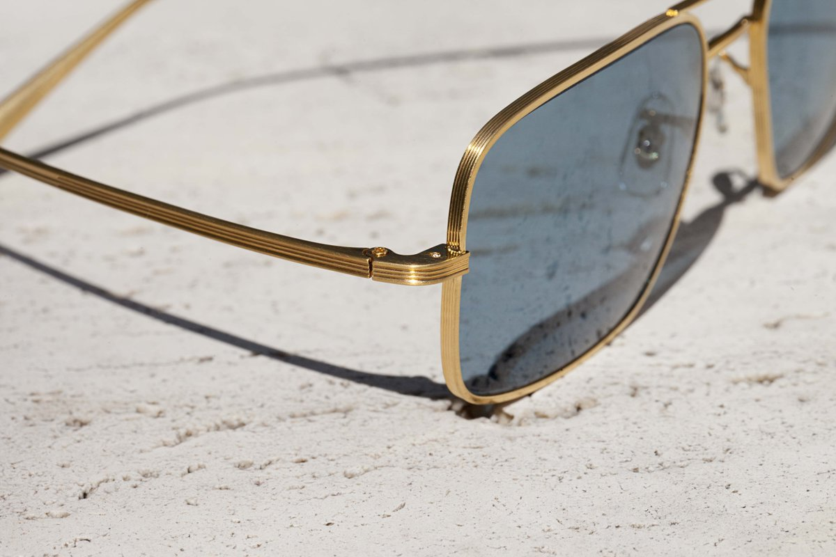 8fa1e45adbc Discover our new collection on  Oliverpeoples.com or in our boutiques-- in  store now!pic.twitter.com YLM8pFMAiR