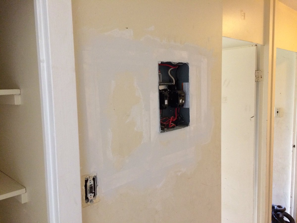 Fusebox Hashtag On Twitter Fuse Box Door Drywall Drywallrepairs Hole Electrical Drywaller Homerepairs Interior Tenants Tenats Flipgridfeverpic Qlpmap9rnp