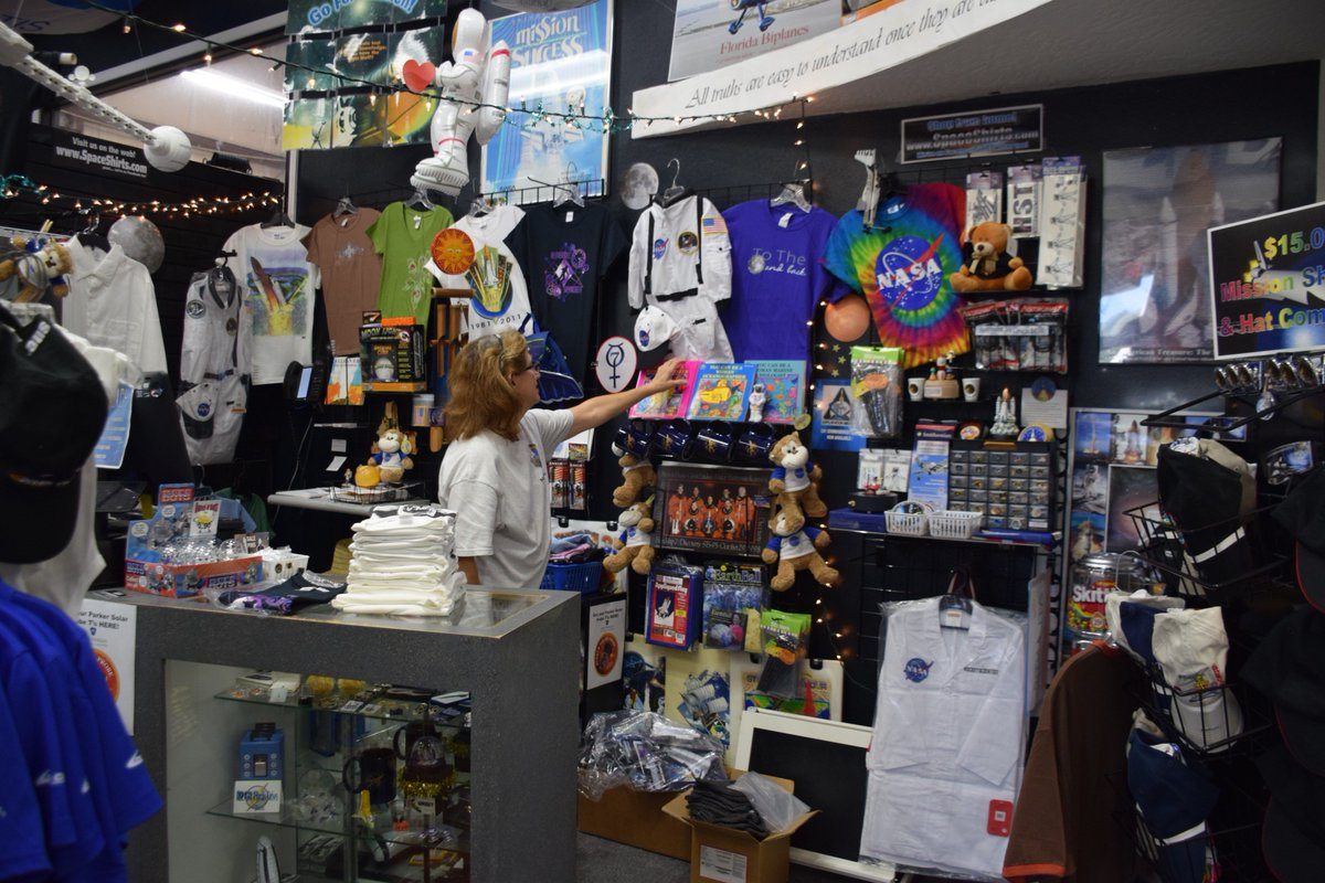Chabeli herrera on twitter local businesses are benefiting too chabeli herrera on twitter local businesses are benefiting too space shirts on merritt island is doing better than it was during the shuttle days publicscrutiny Image collections
