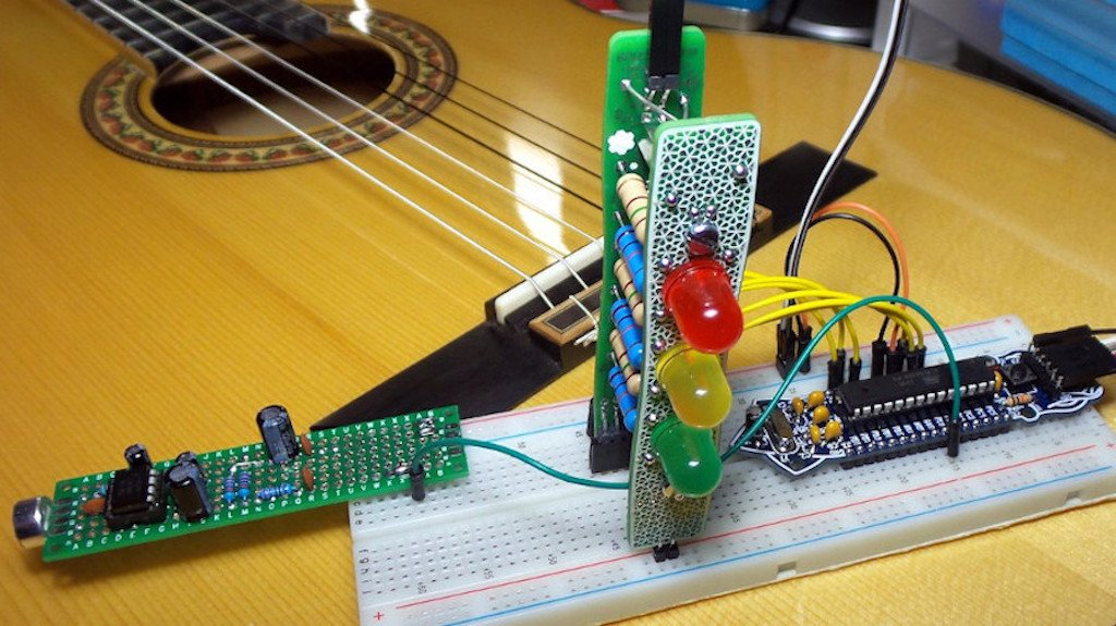 Two @Boldport kits come together to create a guitar tuner: