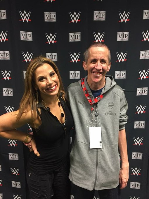 happy birthday mickie James hope your having a good day. Was nice meeting you last November