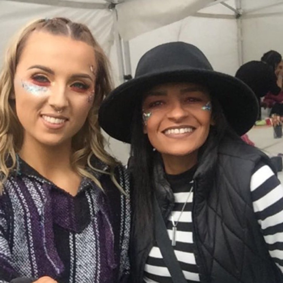 Day 1 Electric Picnic 2018 - Survived 🙋🏾  #thefuschiaeffect #electricpicnic #work https://t.co/hpt8OizGeR